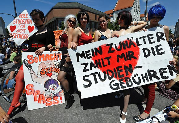 24 Students Protest Across Germany Against Education Reforms