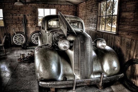 v01 Vintage cars in HDR photo showcase