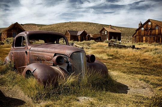 v02 Vintage cars in HDR photo showcase