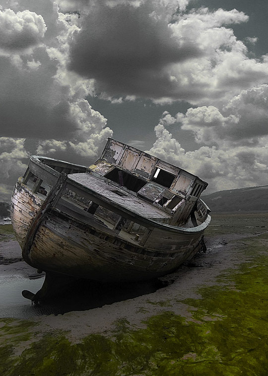 wp02 Wrecks Photography – the Memorable Remnants of the Former Glory