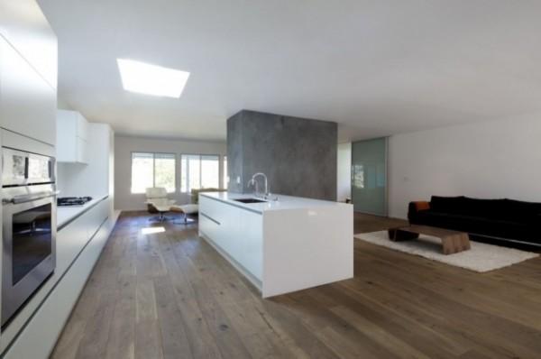 h2b 600x398 Hayvenhurst House Remodel by Dan Brunn
