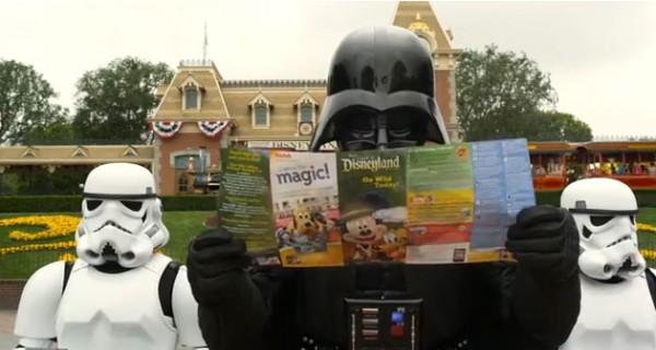 darth vader star tours 1 600x320 Star Tours: Darth Vader goes to Disneyland