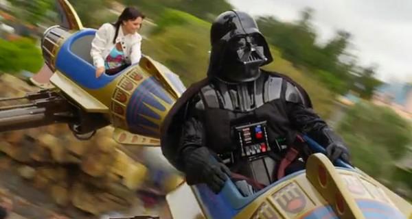 darth vader star tours1 600x320 Star Tours: Darth Vader goes to Disneyland