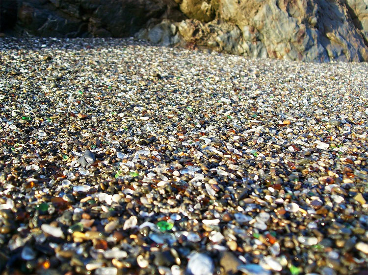 322 Glass Beach