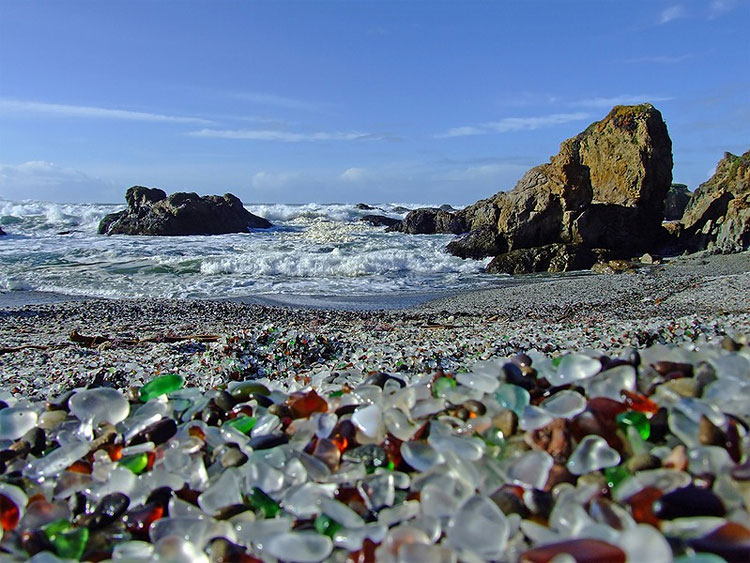 811 Glass Beach