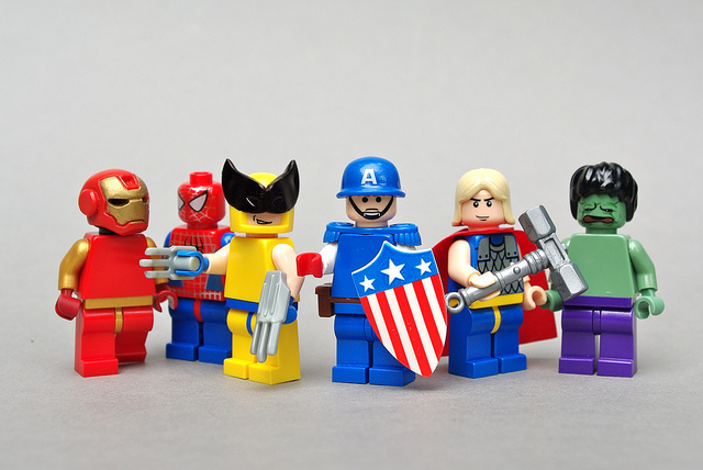 lego minifigs super heroes 03 LEGO figurines as Super Heroes !