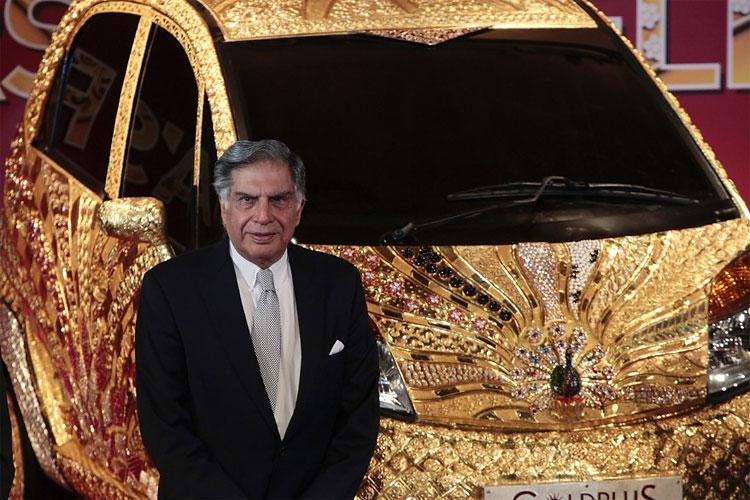 1143 Indias 22 Karat Gold Plated Goldplus Nano Car