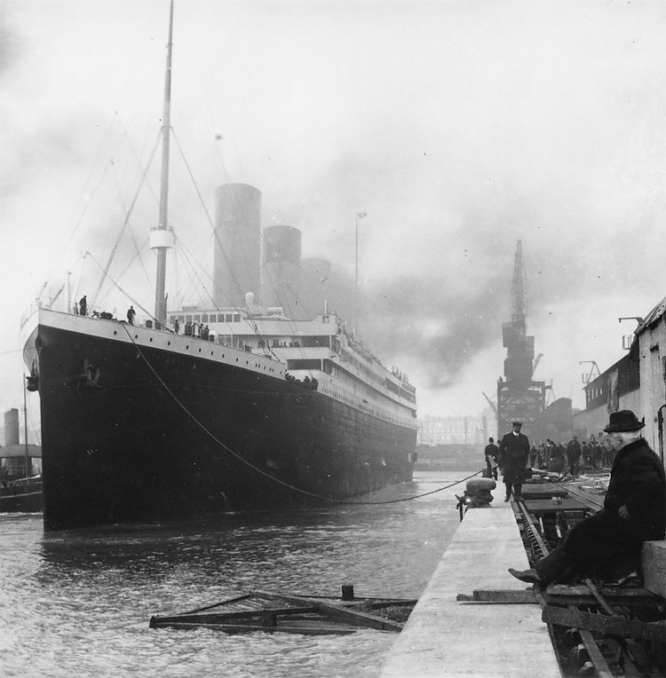 1431 Rare Pictures, Artifacts of Titanic Exhibited Ahead of 100th Year of its Sinking