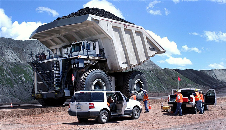 170 Wyoming Manufacturer Builds Worlds Largest Coal Hauler