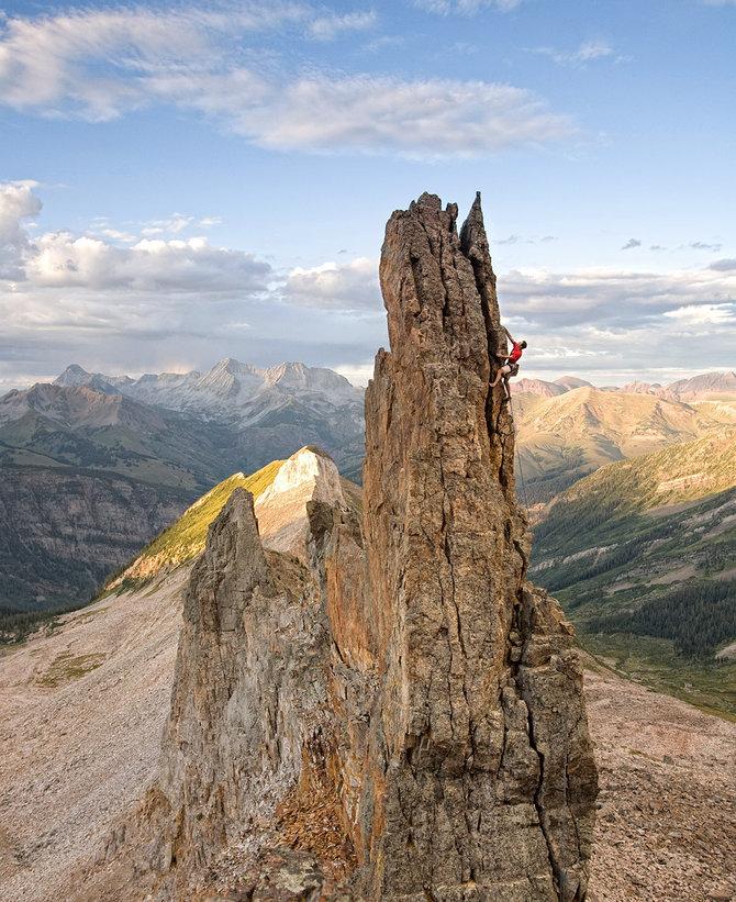 dc7q Extreme climbing by David Clifford
