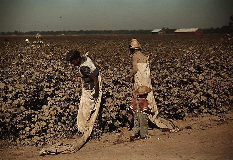 1618 Rare Color Photos From the Depression Era