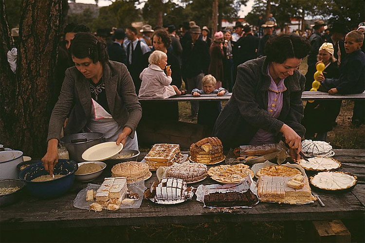 209 Rare Color Photos From the Depression Era