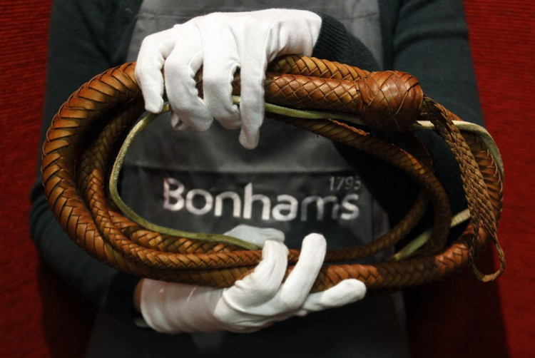 11 02 750x502 Bonhams Entertainment Memorabilia auction