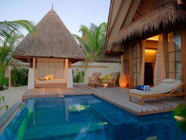 17600 4501 Jumeirah Vittaveli Resort in Maldives
