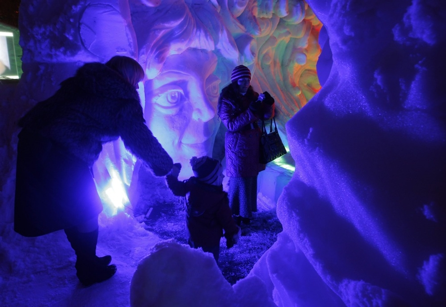 pb 120110 ice cave ps.photoblog900 Frost city in Moscow, Russia
