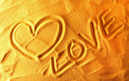 33 Romantic Valentine's Day Wallpapers for Your Desktop » Design