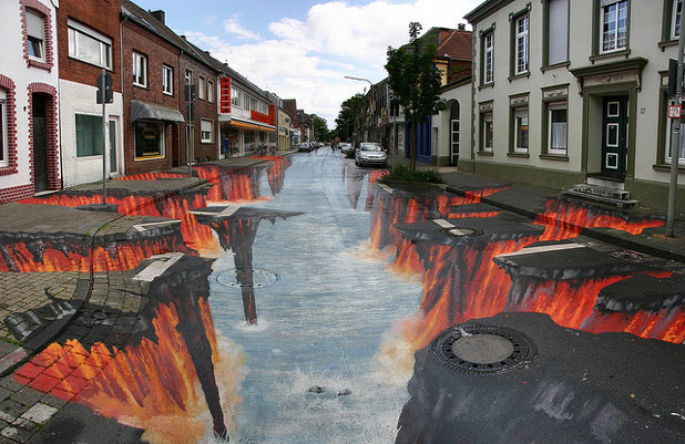 3d 4711 30 Impressive 3D Sidewalk Chalk Artworks
