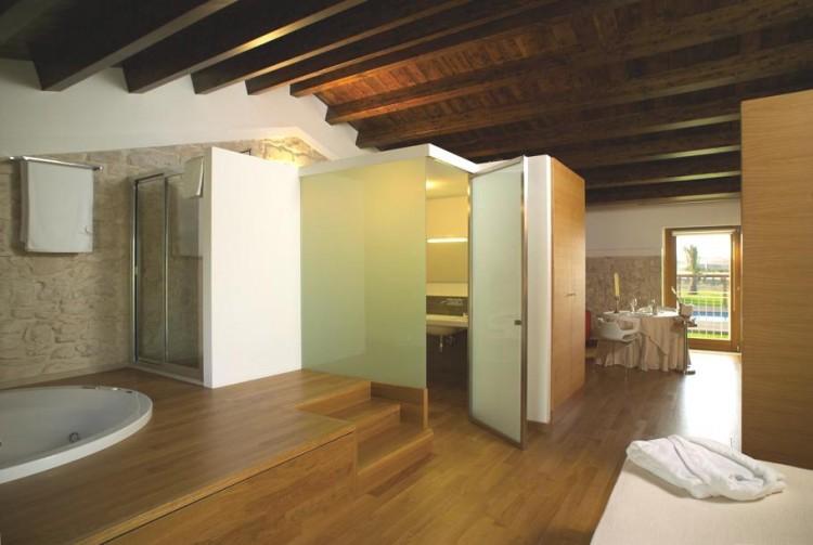 4115 750x503 Villa Carlotta Hotel by Architrend Architecture