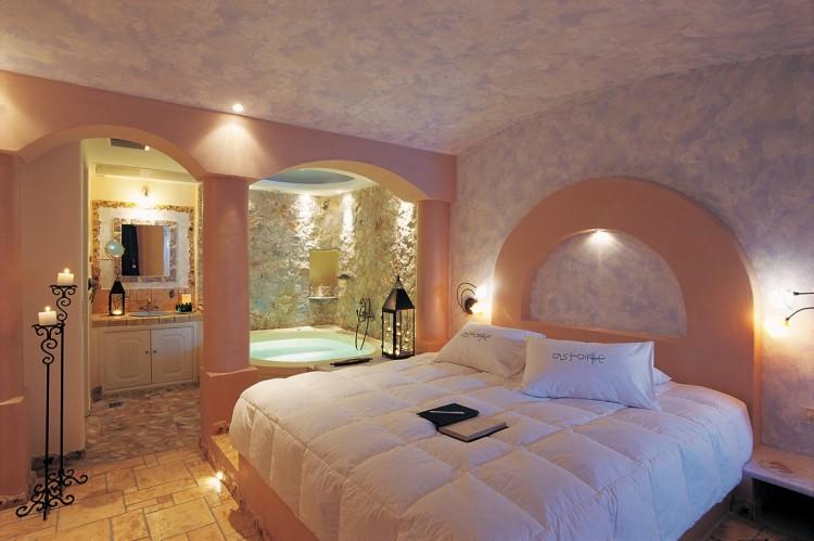 Junior suite private couples Jacuzzi seavolcanocaldera views Astarte Suites Hotel Santorini island 750x499 Getaway Taken To Remarkable Romantic Heights: Astarte Suites, Santorini