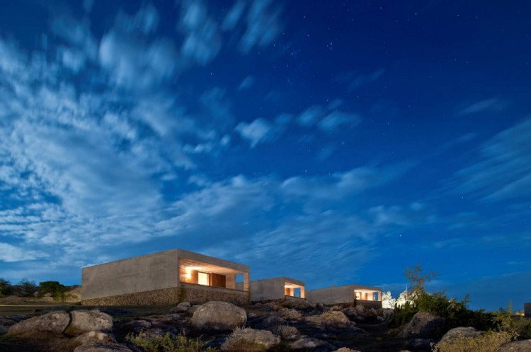 9 1 750x498 Fasano Las Piedras Hotel by Isay Weinfeld