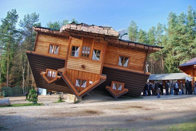 gebouw1 750x502 Top 20 Strangest and Most Brilliant Buildings in the World