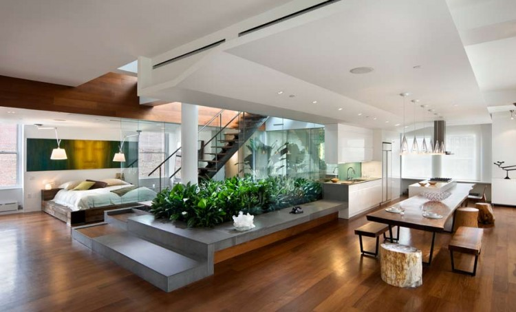 Renovation of a penthouse loft apartment in Noho