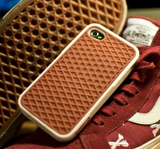 276805789 d59e9fe1a704 Vans Waffle iPhone 4 Case