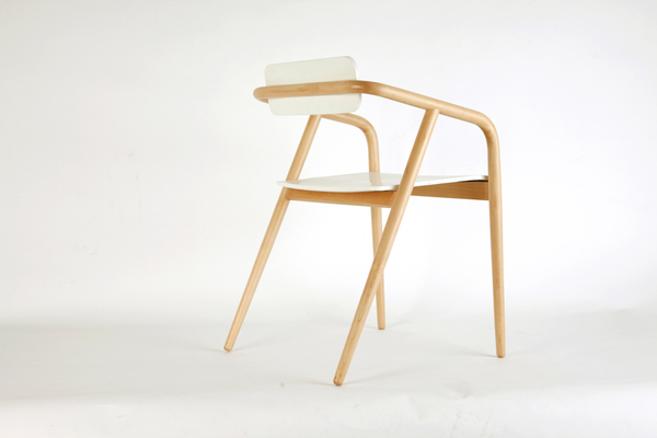 2o32 R2 chair by Bequa