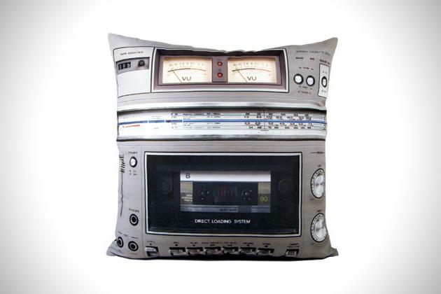 Boombox 2 Boombox Pillow Set