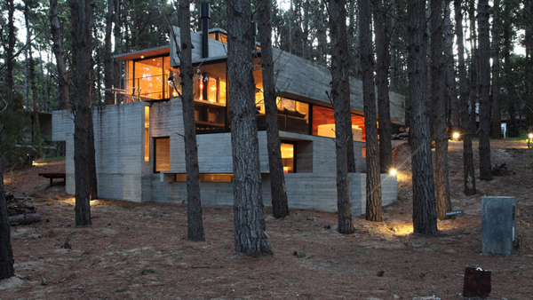 casa levels house in woods 16 Casa Levels by Bak Arquitectos