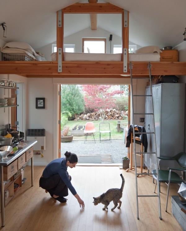i1a44 Garage Transformed into Beautiful Mini House