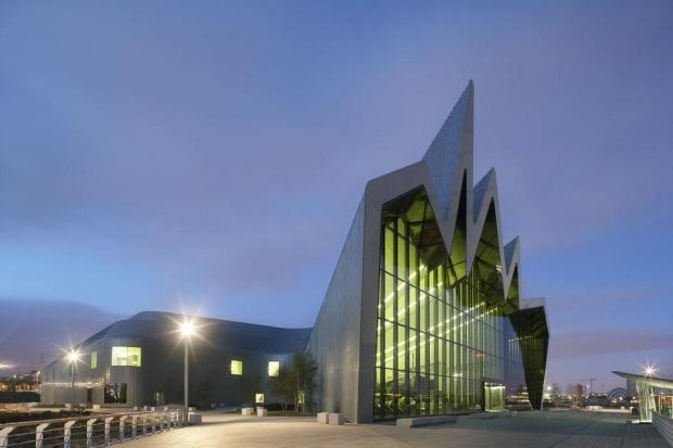 i1a62 Zaha Hadid's Riverside Museum