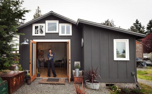 i1c45 Garage Transformed into Beautiful Mini House