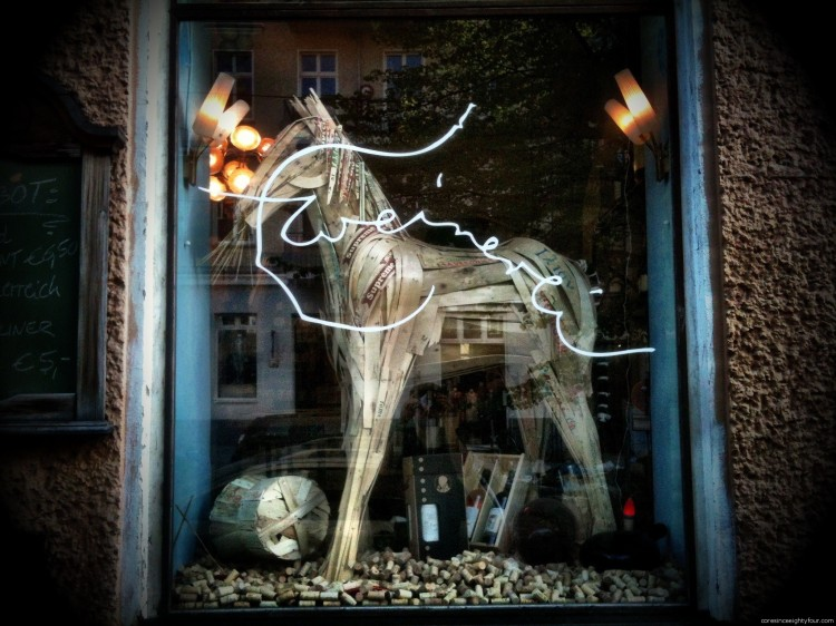 20120428 205612 750x562 Wooden horse