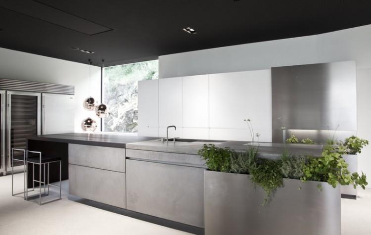 2012050500141 750x475 Concrete Kitchen by Martin Steininger