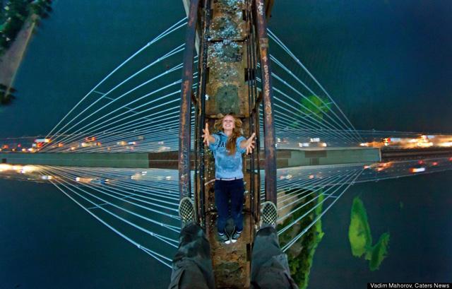 Marat Dupri russian free climber 1 Skywalking Russians Take Amazing Photos