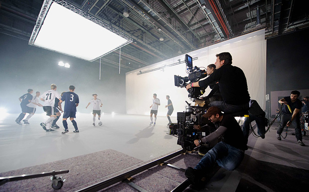 Mercedes Benz MAKING OF SPOT 001 New Video of the German Football Team