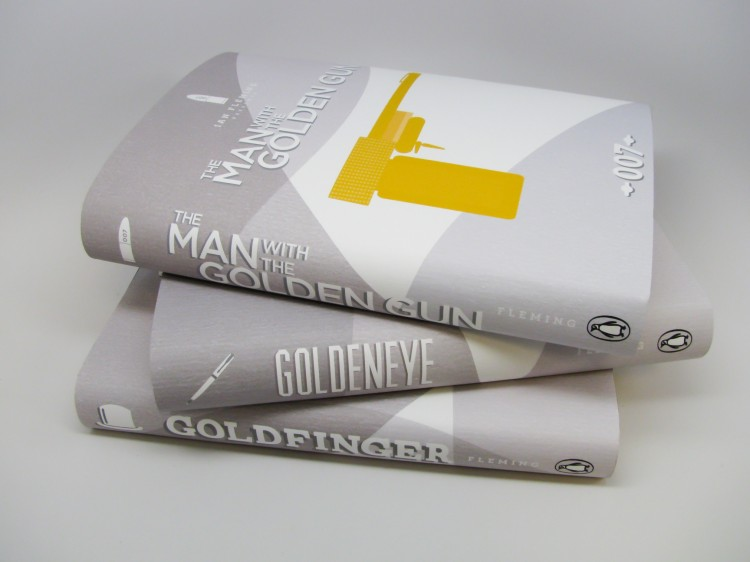 gold large 32 750x562 James Bond 007   Book Covers