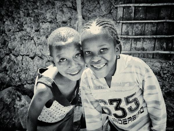 i1a129 Kibera, Nairobi by Nicolai Amter