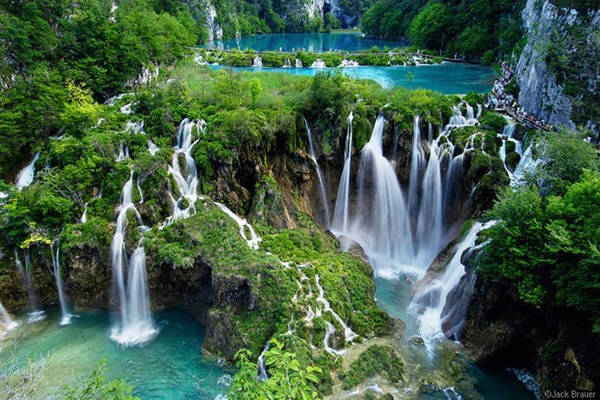 plitvice lakes croatia enpundit 13 36 Incredible Places To See On Earth