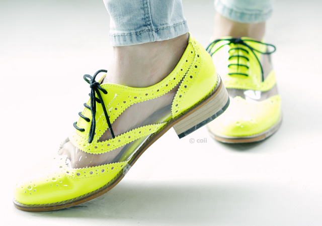 1o13 Fluo derby shoes by Coii