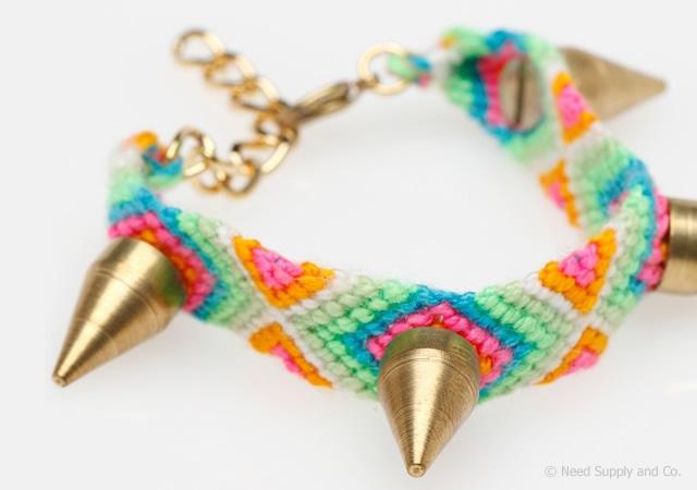 1o18 Stud friendship bracelet