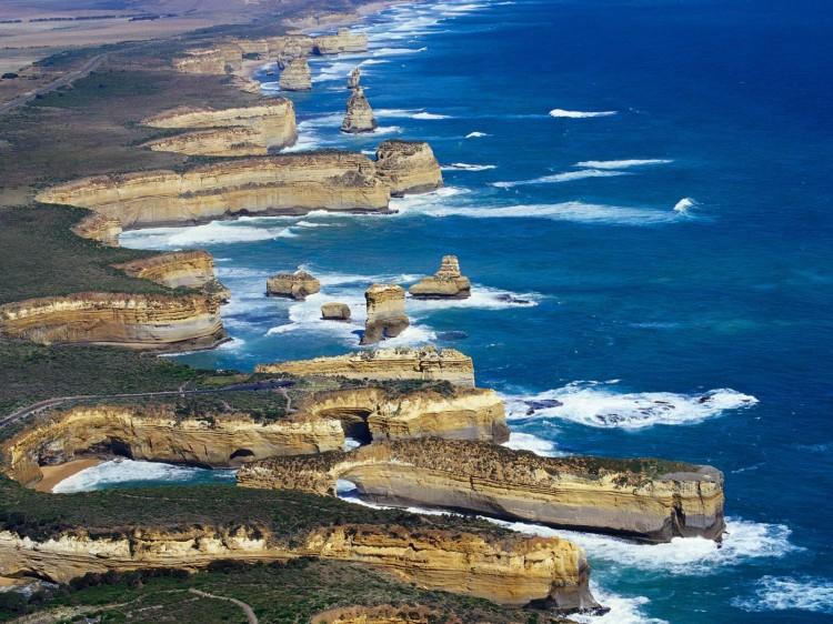 Victorias Shipwreck Coast Australia 750x562 Beautiful Australia Photos