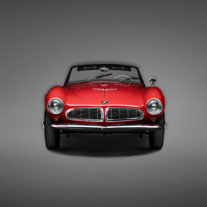 a4598 bmwclassiccars1 Top 10 Landmark BMW Models Photographed by Erik Chmil