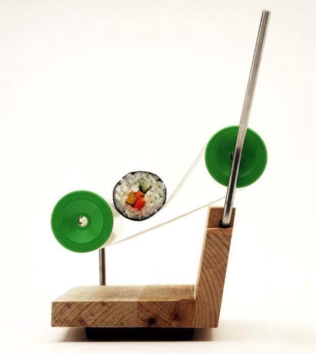 Sushi Roller, a german rolling machine to easy create maki rolls