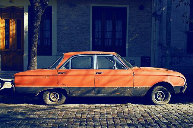 eduardo fialho cars 01 Abandoned Vintage Cars – Photography by Eduardo Fialho