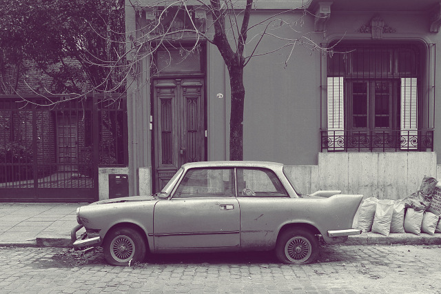 eduardo fialho cars 03 Abandoned Vintage Cars – Photography by Eduardo Fialho