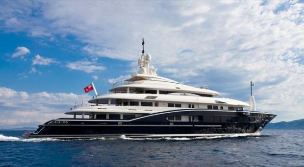 i1a30 Numptia Super Yacht