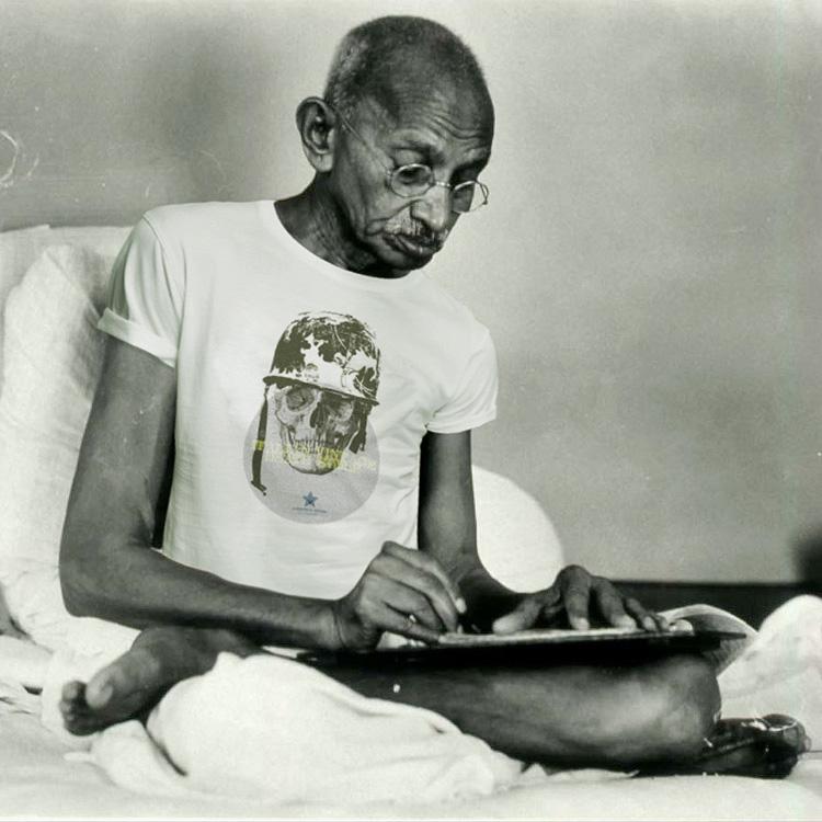 Mahatma Gandhi TESTIMONIAL Gandhi for Vintage.it
