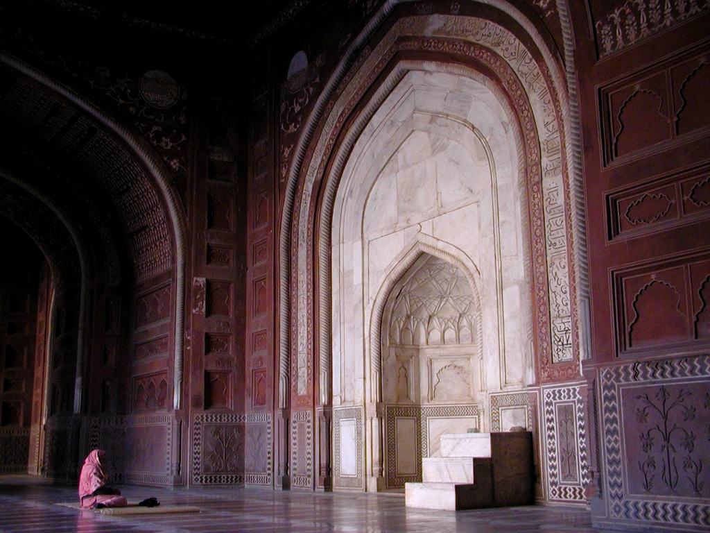 Taj Mahal Mosque in Agra India mihrab 99 Beautiful Mosques All Over The World